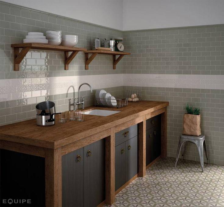 Masia Olive, Cream , Decor Jewel Cream 7,5x15: Cocinas de estilo rústico de Equipe Ceramicas