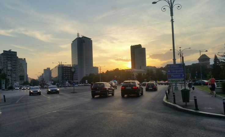Sunset in Bucharest, România