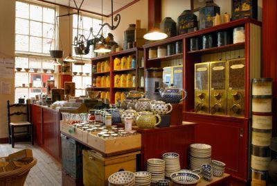 Het nostalgische interieur van koffie en theewinkel het for Interieur winkel utrecht