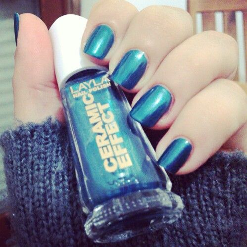 #swatch #layla #laylanailpolish #laylacosmetics ceramic effect n° 60 #naillove #nailartstyle #nailpolishswatch