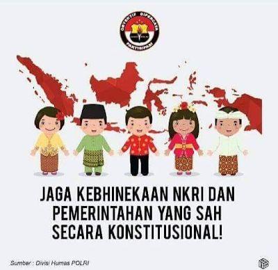 Tampilkan Pakaian Adat China Poster Kebhinnekaan Gaya Baru Ini Gegerkan Media Sosial  [portalpiyungan.info]Lini masa Twitter dihebohkan sebuah unggahan Poster Kebhinekaan yang disinyalir dibuat oleh Divisi Humas POLRI. Dalam poster tersebut terdapat sosok laki-laki berpakaian adat China yang berada di tengah-tengah diapit oleh 4 sosok kartun berpakaian adat Indonesia. Sontak netizen pun geger. Pasalnya meskipun rakyat Indonesia sudah menerima dengan tangan terbuka warga keturunan etnis…