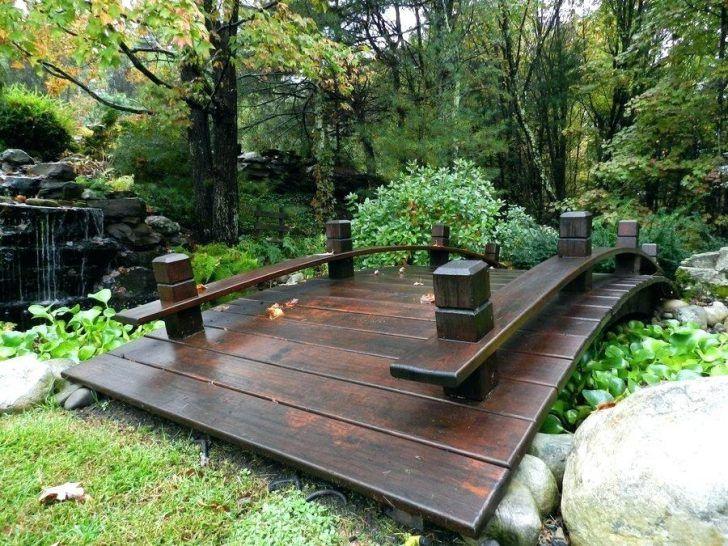 Small Bridge For Garden Japanese Water Gardens Garden Bridge