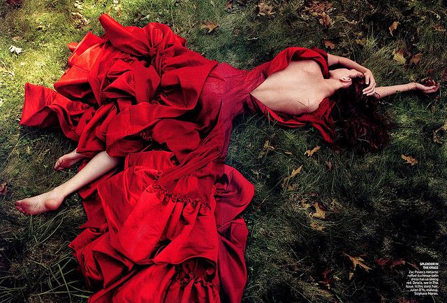 That Red!Fashion, Zac Posen, Beautiful, Dresses, Red Gowns, Annie Leibovitz, Red Riding Hoods, Karlie Kloss, Carboxylic Block