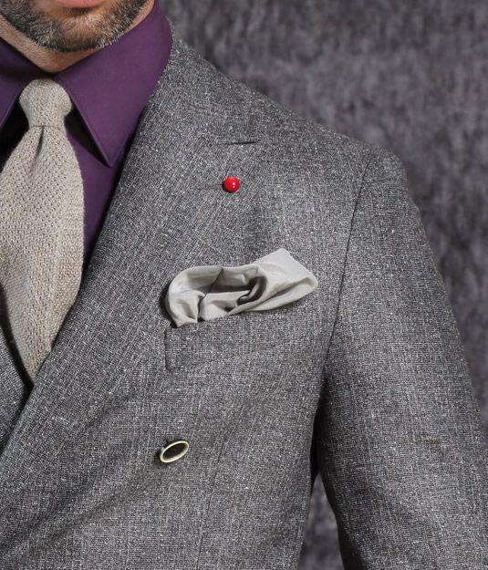 Oggi più che mai la parola heritage è tornata attuale, così da rendere intramontabile anche l'icona must del guardaroba maschile: l'abito doppiopetto.