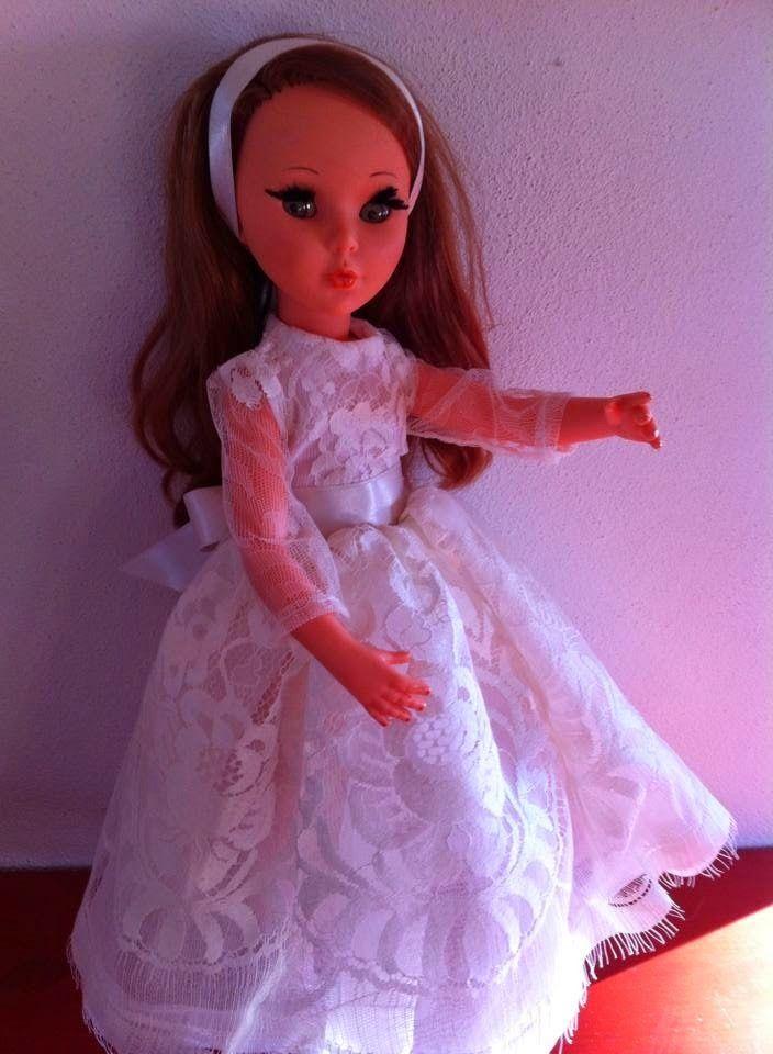 """Le """"Mini furga di Alberta"""": Vestito da sposa per Sheila"""