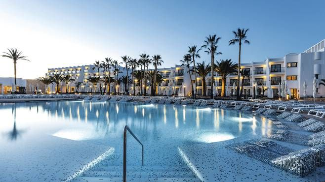 Grand Palladium White Island Resort & Spa Playa d'en Bossa Ibiza