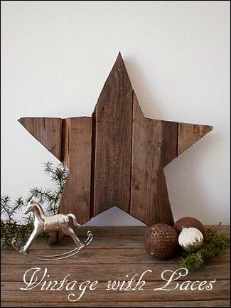 Pallet wood star...I have so many scrapes for this!!!