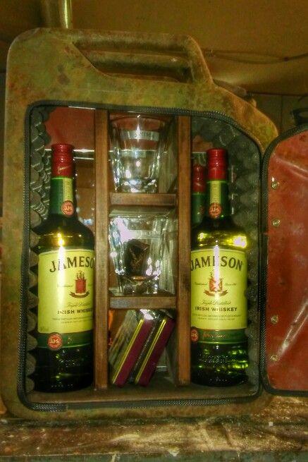 Jerrycan bar