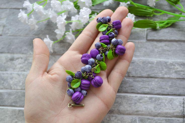 """Купить """"Вкусно""""... - фиолетовый, черника, черничный, браслет ягодный, синий, зеленый, ягоды, Макарун, пироженое"""