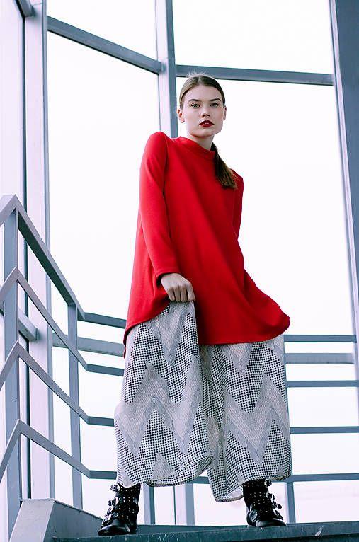 Červené uni šaty   VivienMihalish - SAShE.sk - Handmade Šaty  3abb569c45