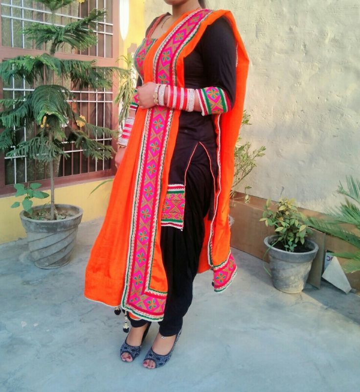 Black phulkari suit owesome look