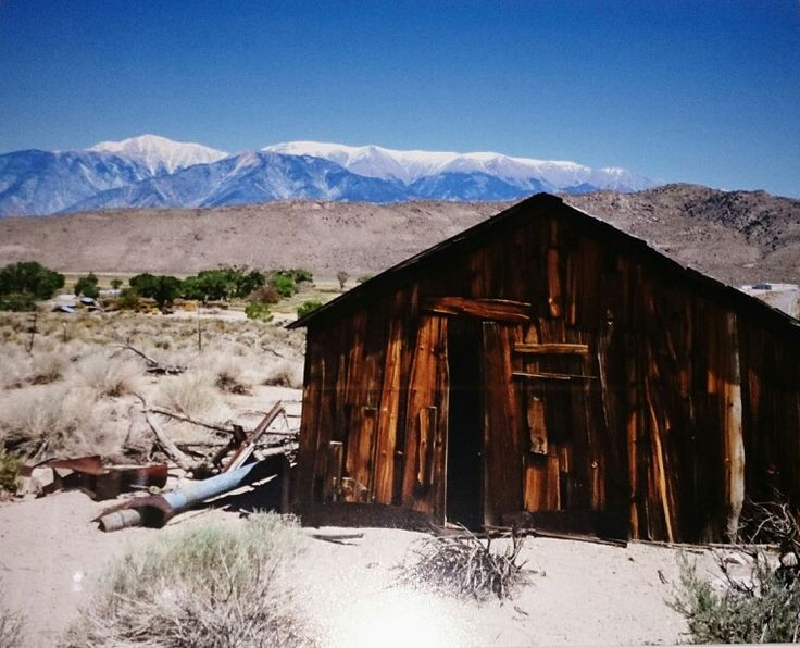 Old shed in America.