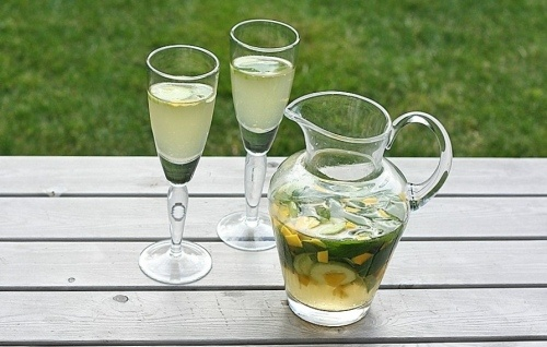Mango-Cucumber Wine Cooler...for the ladies