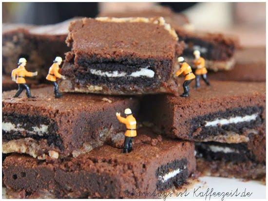 Sonntags ist Kaffeezeit: Slutty Brownies oder auch schlampige Brownies gena...