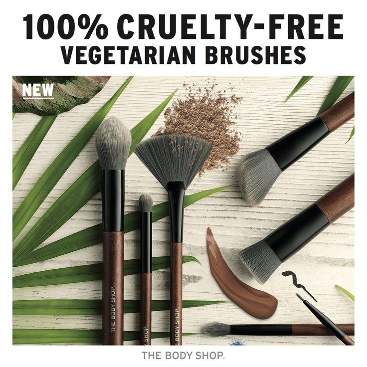 """Beauty obsessives rejoice – the NEW range of next-gen make-up brushes from The Body Shop has landed! Deze met houtskool omhulde make-up kwasten tillen jouw look naar the next level . Met deze expert kwasten maak jij je de hottest make-up trends meester. Een mooie aanvulling op onze begeerde reeks essentials! Wij laten ons leiden … """"The Body Shop 100% CRUELTY-FREE VEGETARIAN BRUSHES"""" verder lezen"""