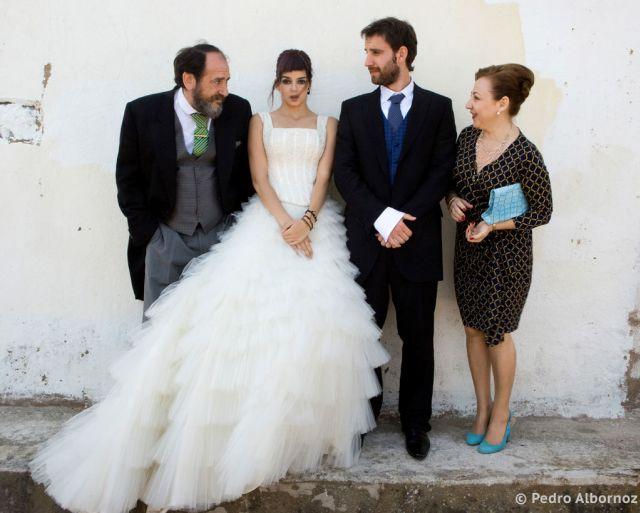 Si Te Gustaron Las Fotos De La Boda De Ocho Apellidos Vascos Dream Dress Formal Dresses Dresses