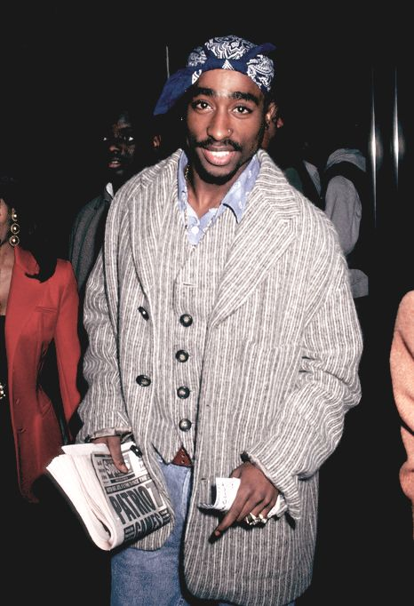 an argument that tupac shakur was the best rapper ever lived Tupac and biggie's legacies endure, but the debate over who was the greatest of  all time still rages on  make tupac a poet is why many argue he is the greatest  of all time  only in cali where we riot not rally to live and die.