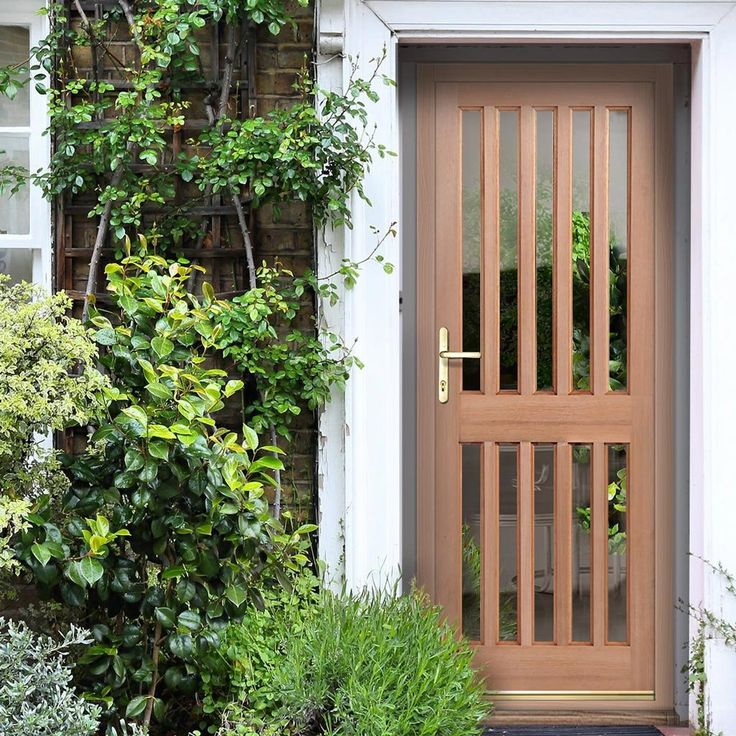 Made to Measure Exterior Windsor Door with Double Glazing. #externalglazeddoor #meadetomeasuredoor #doorwithglass