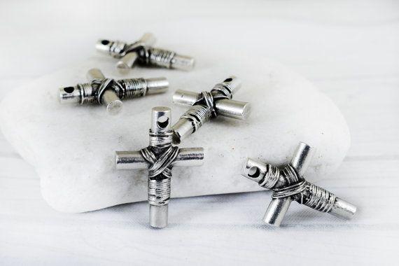 Cross Pendant 21x29mm Christian Cross Metal Pendant Antique