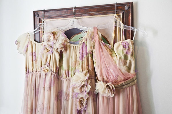 mis-matching bridesmaid dresses in pink and green designed by Vesselina Pentcheva (photo by Nikki Meyer)