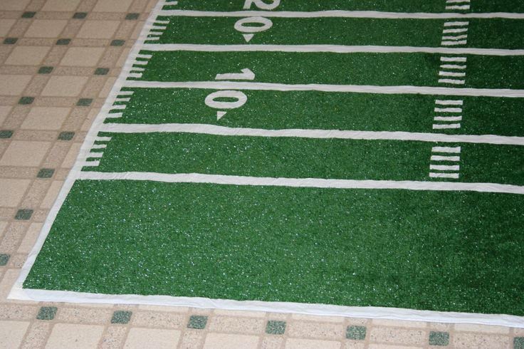 How to make a football field rug out of outside carpet, perfect for laying out when tailgating.