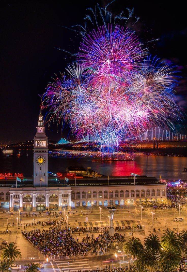 San Francisco New year's fireworks 2014. Happy new year!