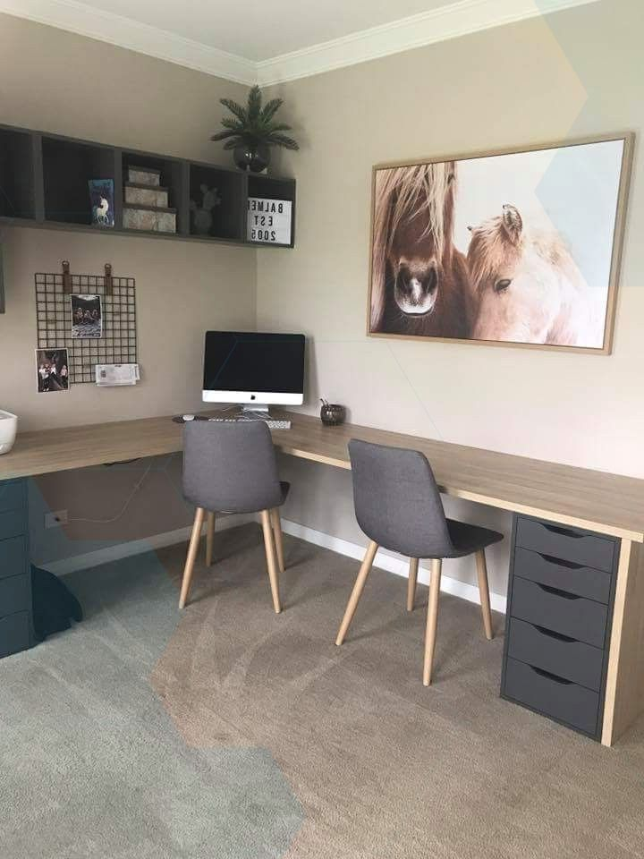 Desk with small drawer side.,  # Office/ business/ büro