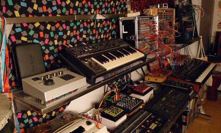 Luke Abbott studio