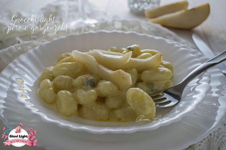 Gnocchi light pere e gorgonzola