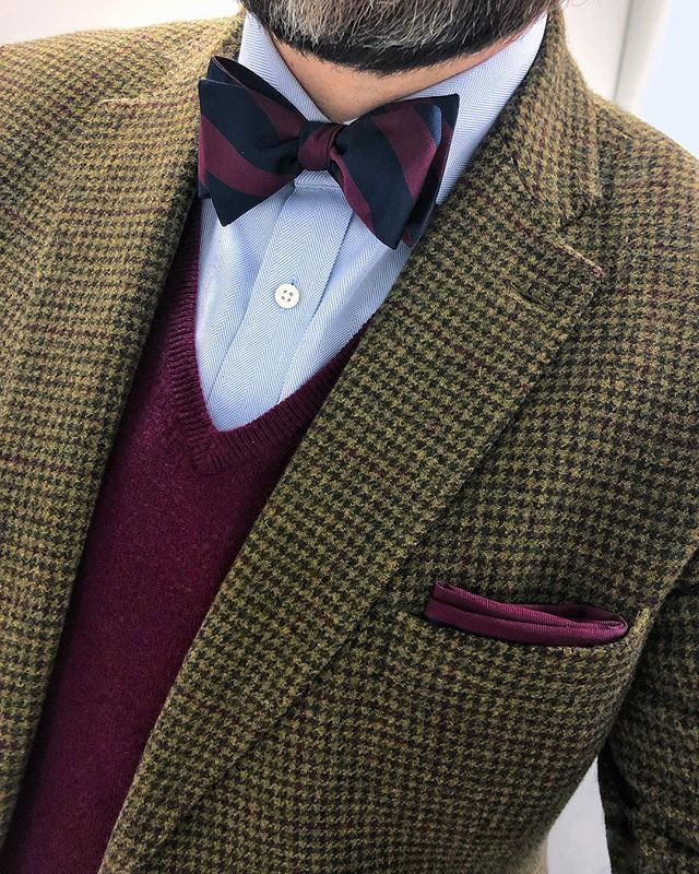 aa8b40c4fea4e Seduce the senses with the addition of this solid color pocket square in  wine to your look.