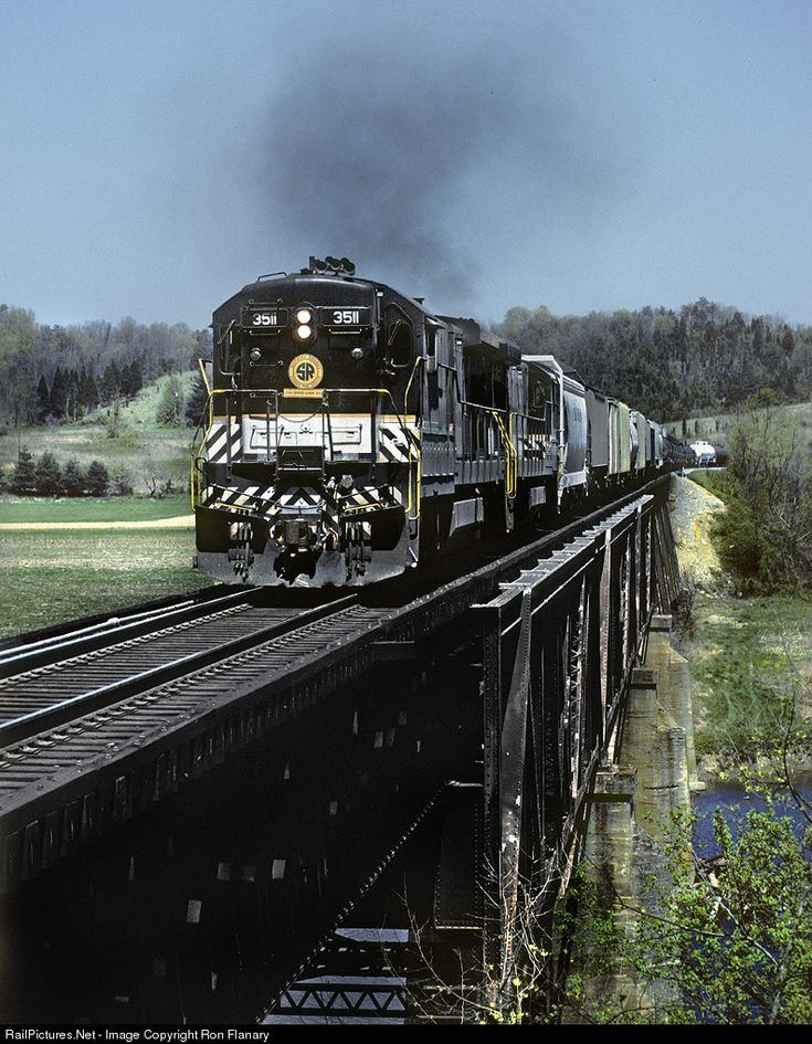RailPictures.Net Photo: SOU 3511 Southern Railway GE B30-7A1 at Surgoinsville, Tennessee by Ron Flanary