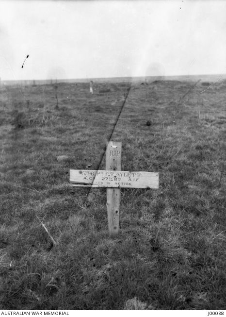 The isolated grave of 5796 Private Frank Thomas Lewis Aylett, 27th Battalion, enlisted Collie, WA, killed in action 26 March 1917, in Queant Road British Cemetery, Bussy. World War One