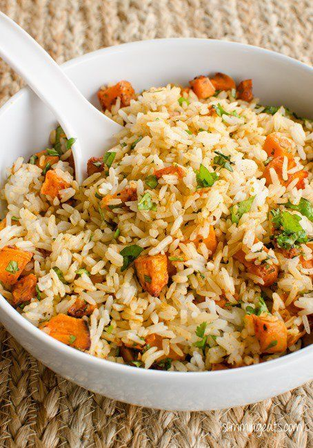 Roasted Butternut Squash Rice – great way to add some speed foods. This compliments any main meal really well. The roasted squash adds a lovely flavour to the rice. This recipe is gluten free, dairy free, vegetarian, Slimming World and Weight Watchers friendly Slimming Eats Recipe Extra Easy – syn free per serving Green –...Read More »