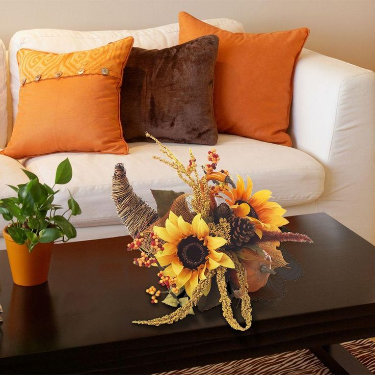 This Elegant Sunflower Cornucopia Is Made Of Natural Vine