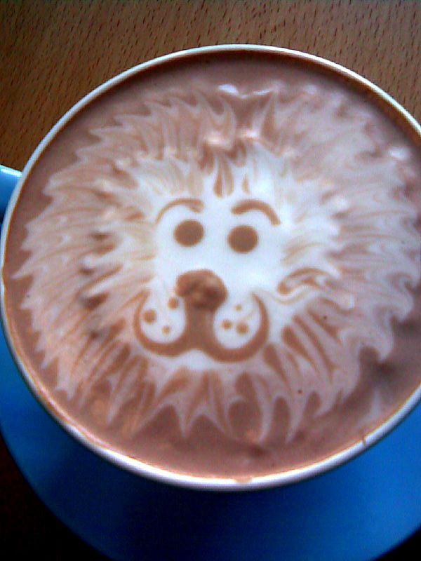 Coffee art (via @Lauren Schoen Prins)