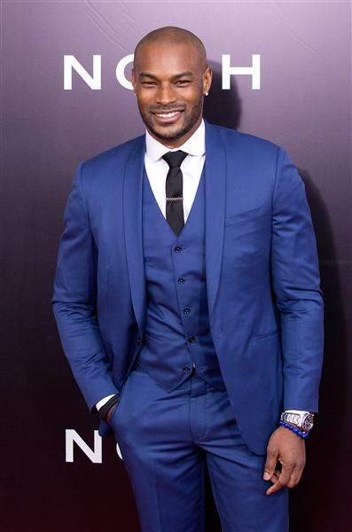 "Tyson Beckford arrives at the premiere of ""Noah"" held at The Ziegfeld Theater in New York on March 26, 2014.  #menswear #sundays"