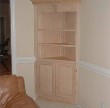 DIY built in corner china cabinet that Claudio want to try to make...heaven help us!  haha