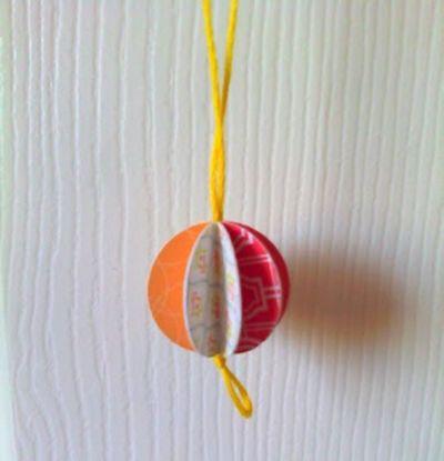 Как сделать новогодние игрушки в виде шариков?