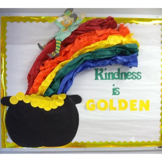 Best 25 rainbow bulletin boards ideas on pinterest for Decoration saint patrick