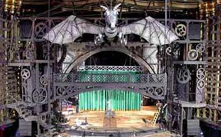 This is the stage for Wicked. What I wanted/want more than anything is to explore their set! I mean look at it! It's amazing!!! The dragon moooooves!