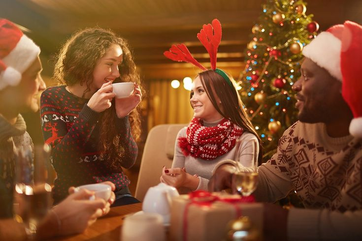パーティーはスクラッチカードで盛り上がろう♪ image by iStockphoto クリスマス、忘年会、新年会、バレンタイン…冬はイベントの季節ですから、パーティーや宴会が続きますよね。ちょっとした景品を用意した余興のクジ引きやプレゼント交換のクジ、新年のおみくじなどを作る時に、お手製スクラッチカードを使えば盛り上がること間違いなし。お誕生日にももちろん使えるテクニックですよ♪とっても簡単で作るのも楽しいスクラッチカード、皆さんもぜひ作ってみてくださいね♪
