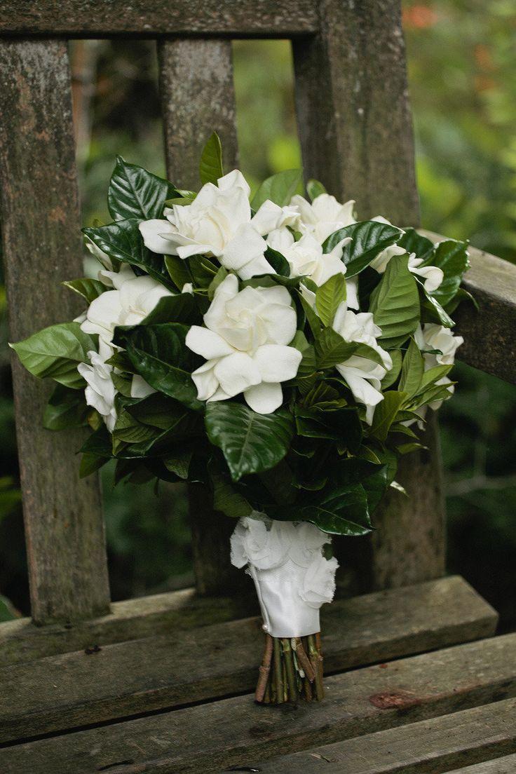 San Diego Botanical Garden Wedding from Isari Floral Studio  Read more - http://www.stylemepretty.com/california-weddings/2013/04/26/san-diego-botanical-garden-wedding-from-isari-floral-studio/