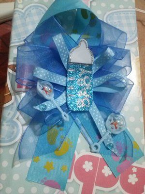 distintivos originales baby shower corsages baby showers and