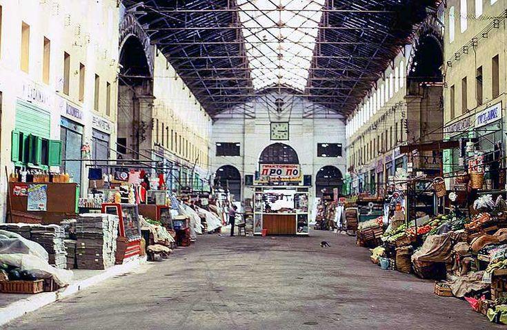 Δημοτική Αγορά, Χατζημιχάλη Γιάνναρη, Σκαλίδη και άλλες περιοχές, στο κέντρο της πόλης, πριν από πενήντα -και πλέον- χρόνια.