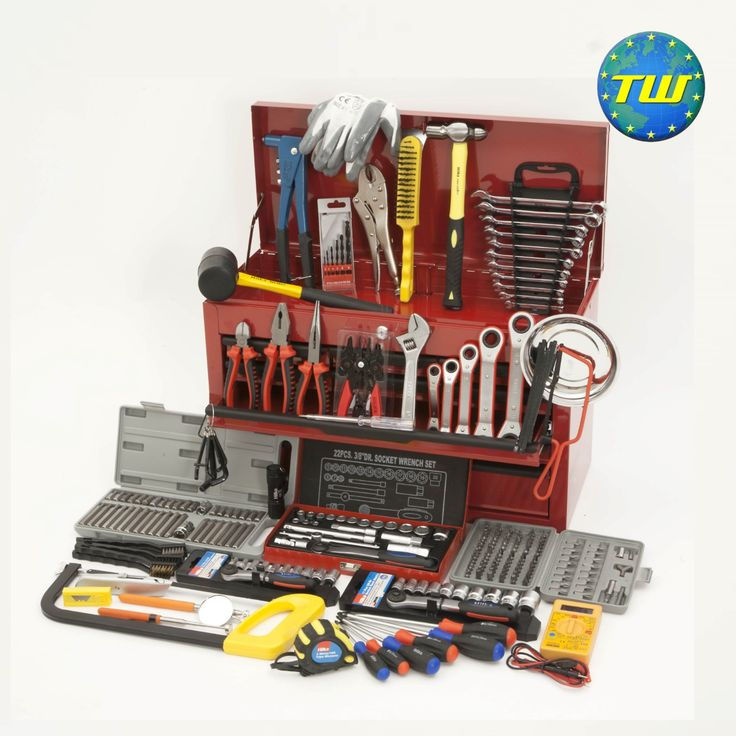 http://www.twwholesale.co.uk/product.php/section/9138/sn/Starter-Mechanic-Tools 270 Piece Starter Mechanic Tool Kit designed for apprenticeships, college students and new job starters. All of the tools in this set have been carefully selected by motor vehicle tutors and professional technicians - ensuring that you have the right tool for the job from day 1 as you start out on your path as a mechanic.