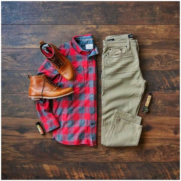 Men's Casual Fall Fashion // Boots // Khaki Denim Source by mycreativelook fashion casual Fall Fashion Boots, Autumn Fashion, Casual Fall Outfits, Men Casual, Khaki Jeans, Men Style Tips, Style Men, Womens Fashion, Style Fashion
