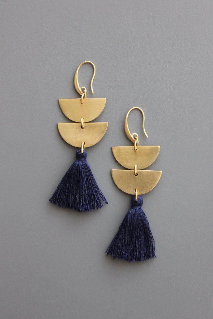 f461253143645a RYLE28 #handmadejewelry | Jewelry ideas | Earrings, Diy jewelry, Tassel  jewelry