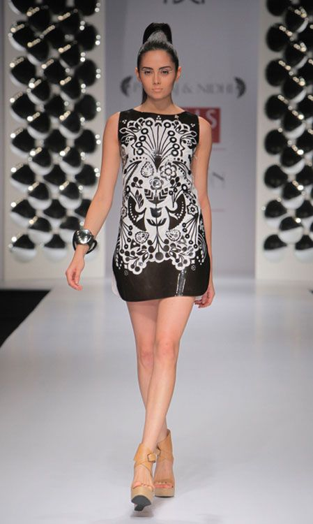 Pankaj & Nidhi. WLFW 12'. Geometrica. Indian Couture.