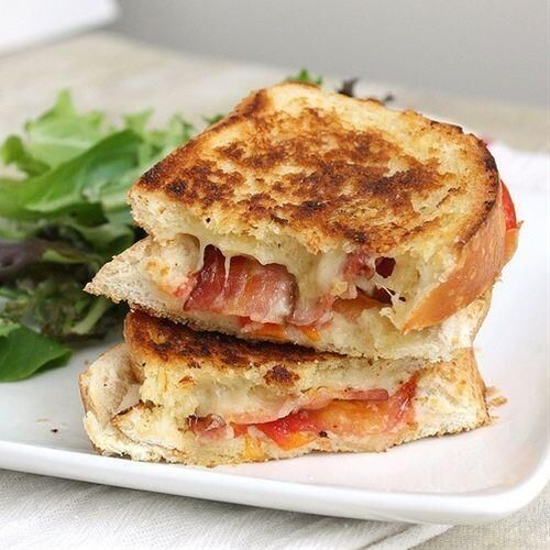 Garlic Rubbed Grilled Cheese with Bacon and Tomatoes