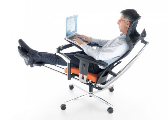 There is large number of computer chairs available in the market that gives one the ideal level of comfort while working long hours on computers. The price of these chairs is not a concern as cheap computer chairs are simply available in the online shopping market.